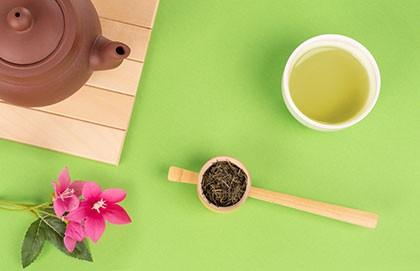 media/image/Premium-Gruener-Tee.jpg