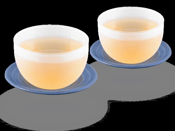 2 Glascups Classic gefrostet je 120ml und 2 Gusseisen-Untersetzer rund in japanblau
