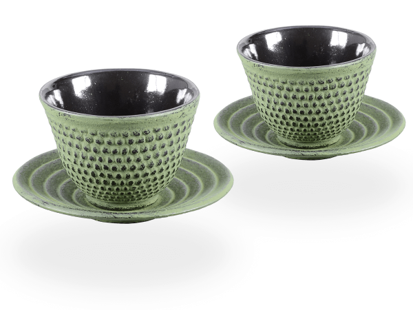 2 Gusseisen-Teecups Arare je 100ml und 2 Gusseisen-Untersetzer rund in hellgrün