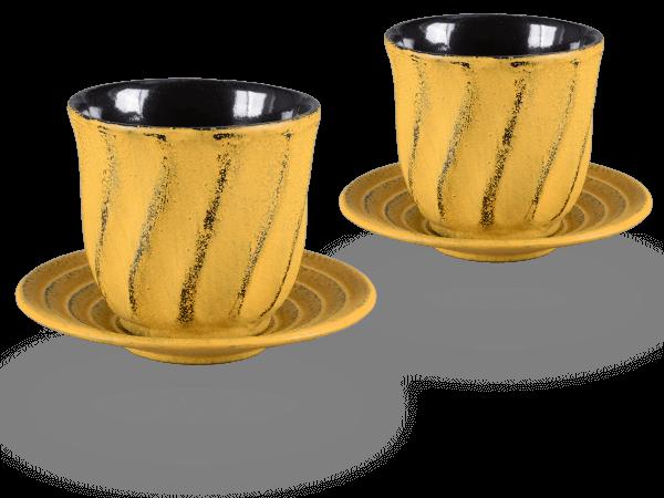 2 Gusseisen-Teecups Bara je 120ml und 2 Gusseisen-Untersetzer rund in sandgelb